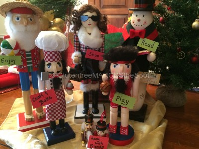 Nutcrackers displaying habits in life