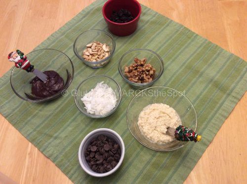 Toppings for gluten-free gingerbread cookies